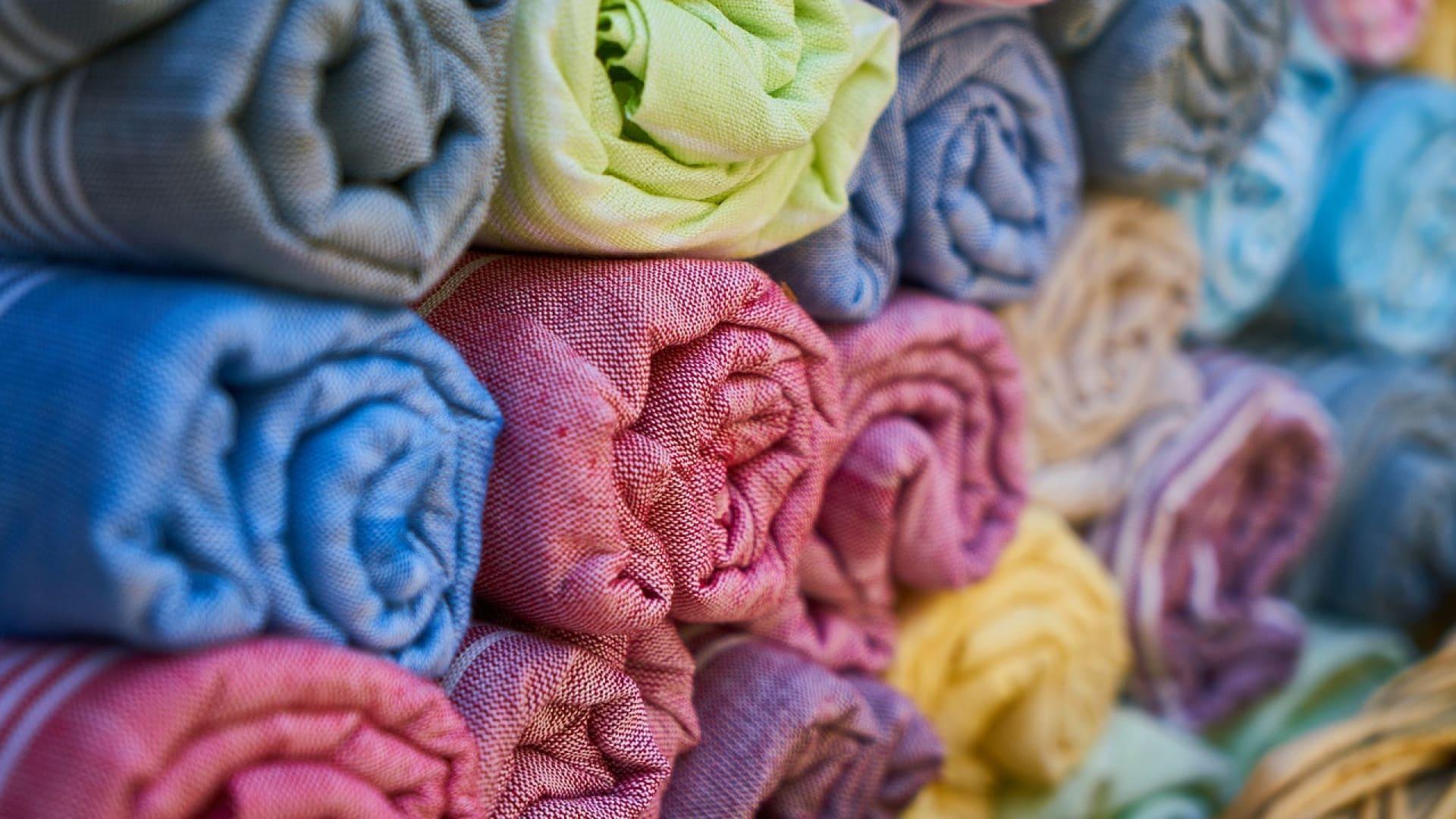Acheter du tissu pour se lancer dans la couture